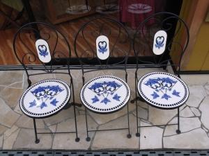 3 Chairs (Ricoh GR Digital)