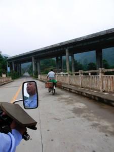 en route to Jiangling (Ricoh GR Digital)