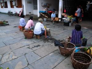 Jiangwan village market (Ricoh GR Digital)