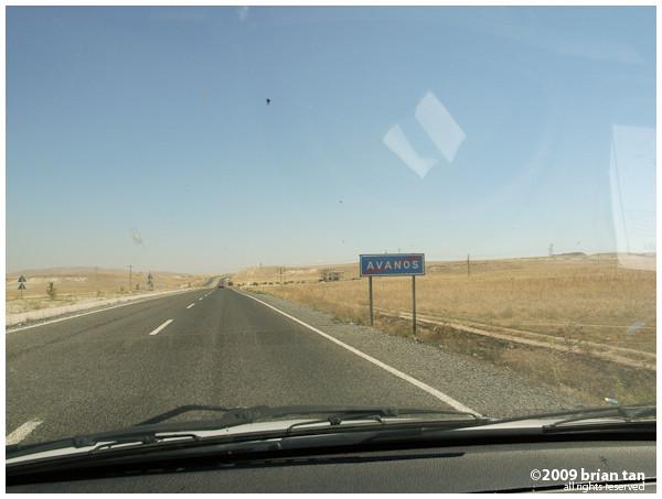 Leaving Avanos, Next stop: Saruhan Caravanserai in the middle of the desert