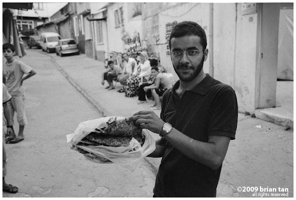 People of Old Antakya 4: Showing off pide