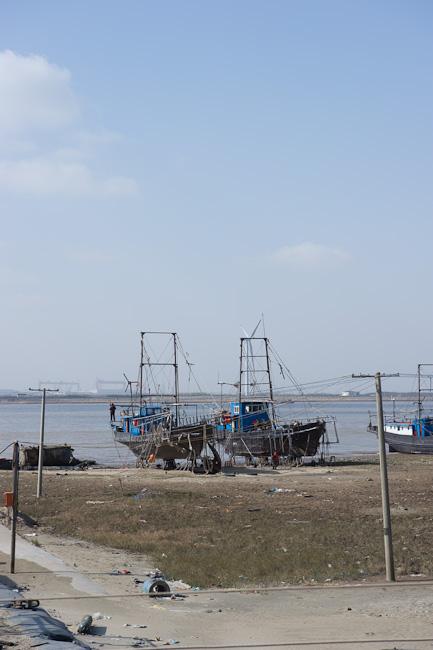 Repairing fishing trawlers