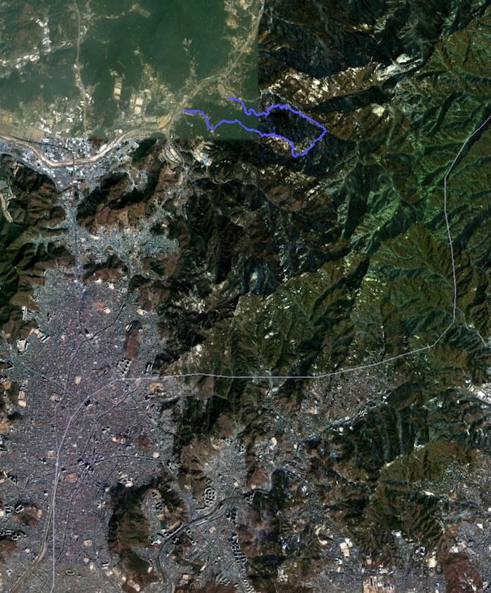 BukhansanOverview-2010-09-4-22-39.jpg