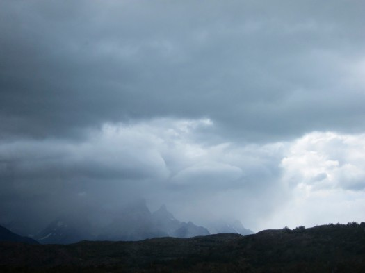 Incoming storm starting to obscure the Cordillera del Paine peaks. Can't get great weather all the time... too bad.