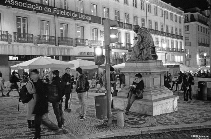 Chiado at night